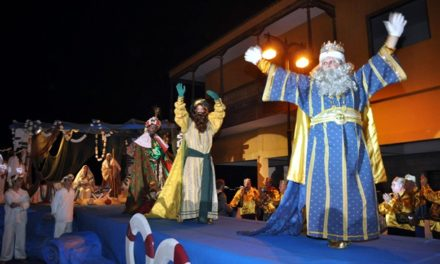 Los Reyes Magos de Oriente llegan al Puerto de la Cruz